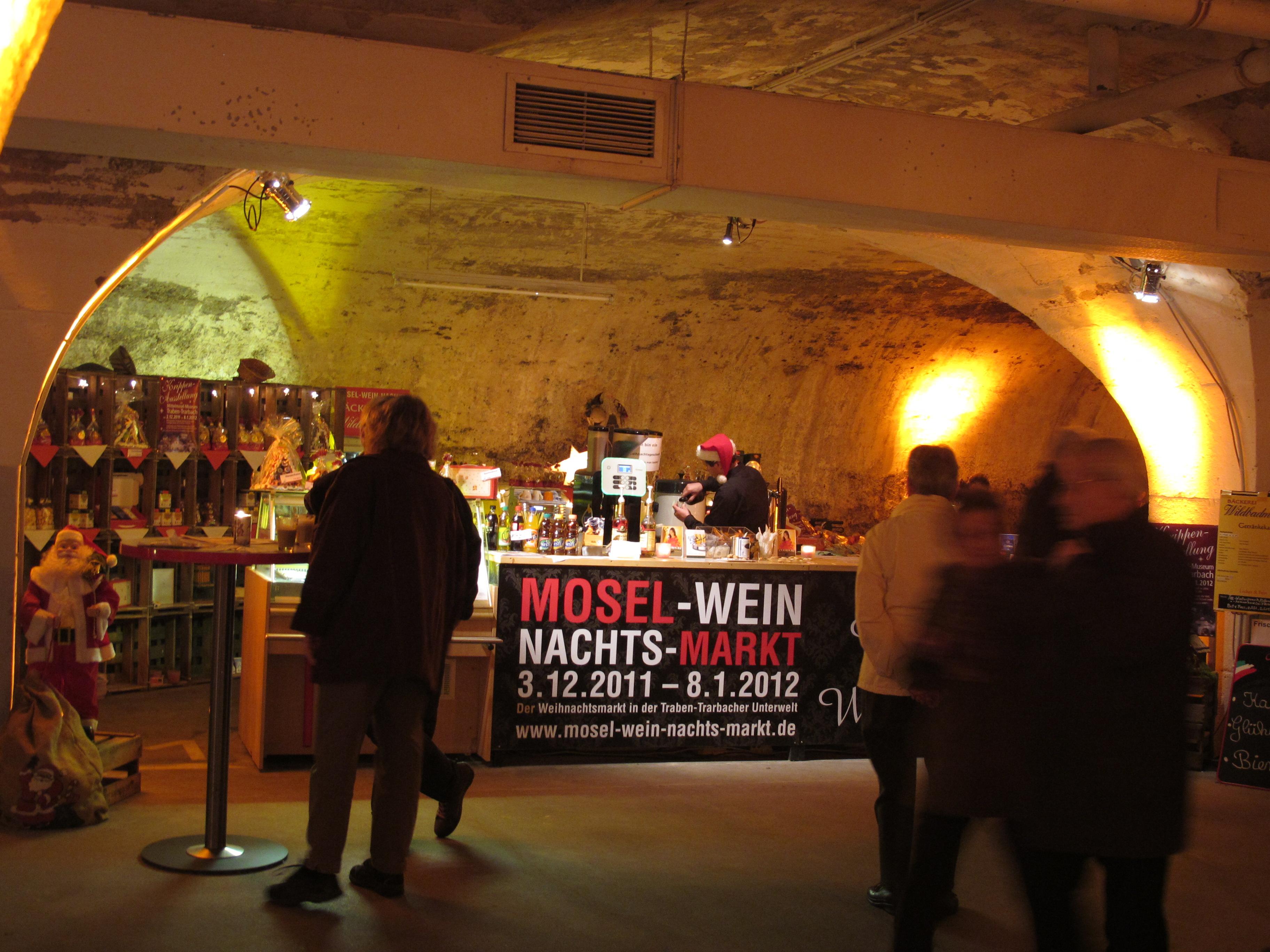 Weihnachtsmarkt Traben Trarbach.Mosel Wein Nachts Markt 2017 In Der Unterwelt Von Traben Trarbach